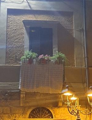 Balcone Addobbato per Infiorata di Poggio Moiano